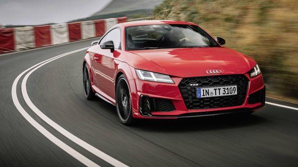 小改款Audi TT帥勁亮相,設計與動力編成更新,20週年紀念車同步登場!