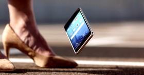 手機螢幕摔破常發生,我們距離一部摔不碎的手機還有多遠?