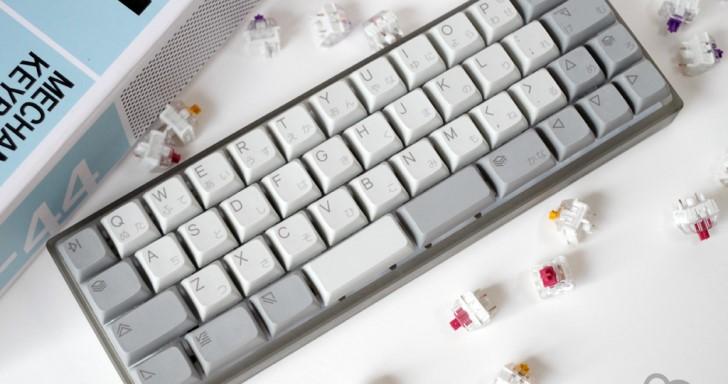 迷你機械鍵盤 Kumo 不但可換帽換軸,連佈局都能自行定義