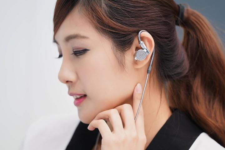 Sony旗艦Signature系列與多款消費耳機新品連發!詳細規格與在台售價出爐