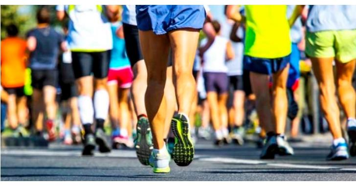 六都路跑賽事總盤點,每年至少用掉240萬個一次性水杯、綠色和平呼籲應管制大型路跑活動的塑膠問題