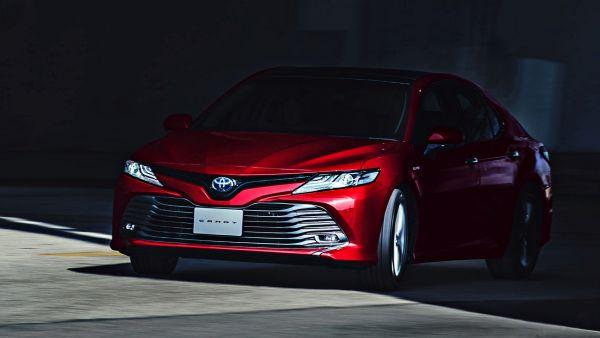 期待已久終於現身!Toyota 全新大改款 Camry 確定「11月1日」正式發表