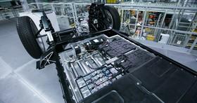 電動車電池生產的過程中,所排放的二氧化碳比傳統的燃油車來得高