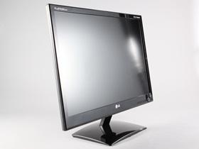 LG D2342P 偏光式3D顯示器,電腦、PS3 都能玩