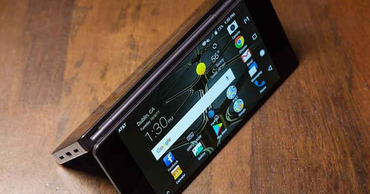 雙螢幕手機做了快 7 年,為什麼一直沒成為主流?