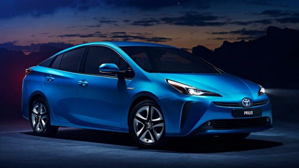 節能小將換臉增四驅,小改款Toyota Prius首度現身!