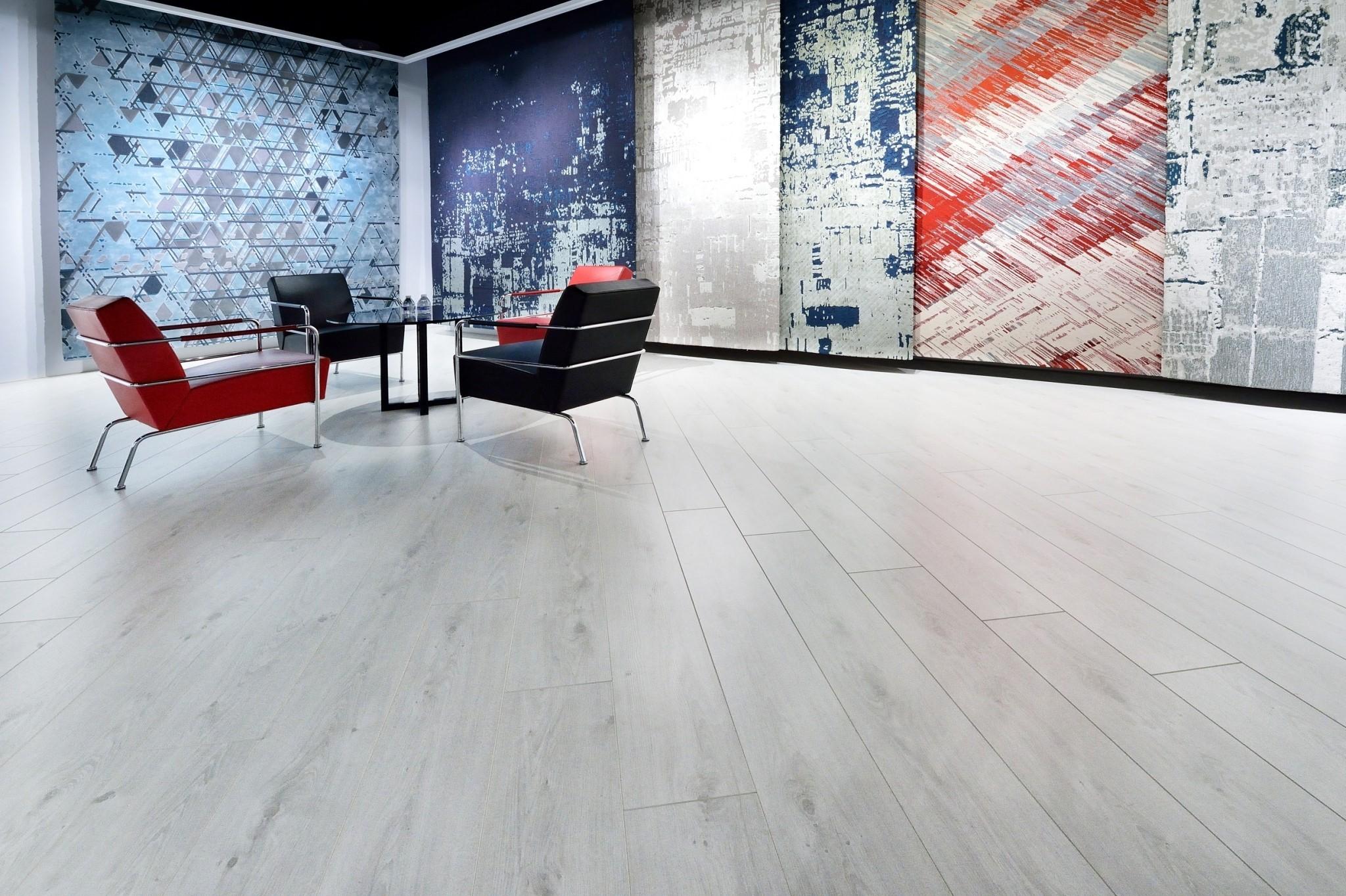 來自比利時高品質超耐磨木地板!優渥實木新上市