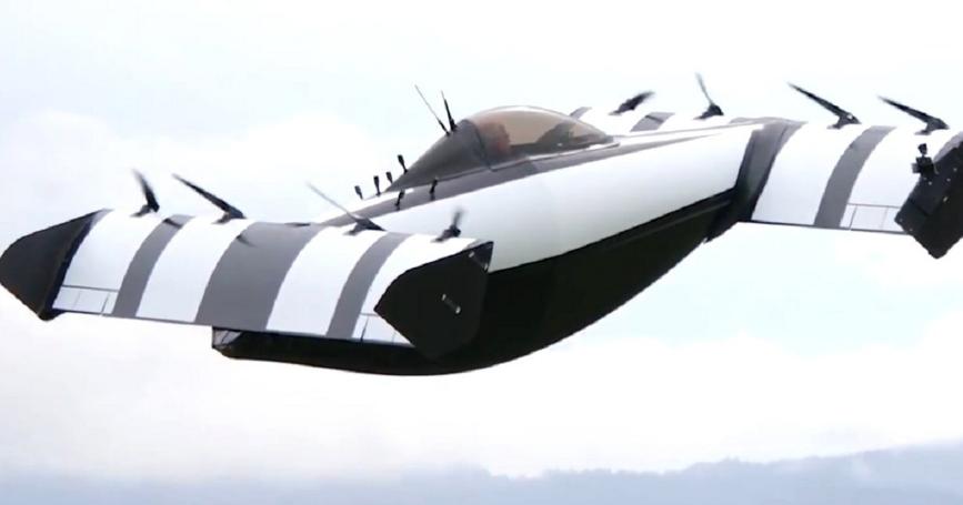 太陽能充電!飛天車 BlackFly 讓新手也能輕鬆開