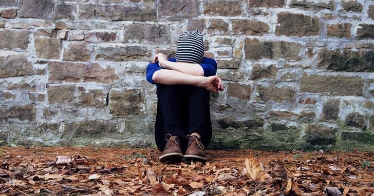 孤獨驅散,英國政府要花 1150 萬英鎊緩解國民孤獨感