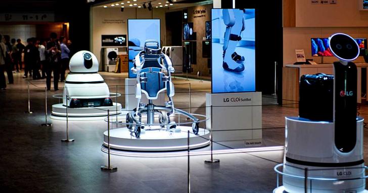 機甲升級!LG 更新版穿戴式機器人 CLOi SuitBot,單次充電即可運作達四小時