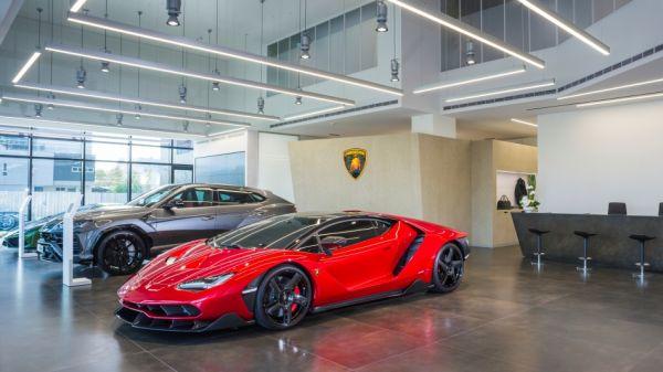 購地自建一展深耕決心!Lamborghini 台中展示中心開幕、預告 Huracan Evo 最快 3 月抵台亮相!