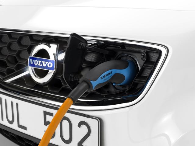 Volvo C30電動車僅需1.5 小時即可完成充電!
