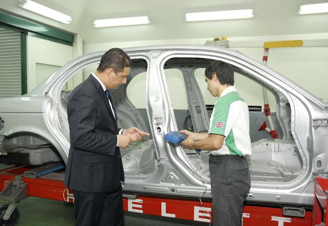JAGUAR LAND ROVER TAIWAN全鋁合金車體維修服務中心打造與原廠同級維修服務系統