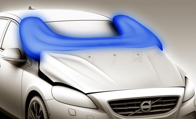 安全氣囊裝在車外幹嘛呀?!想看看它是如何炸開的嗎?【影片】