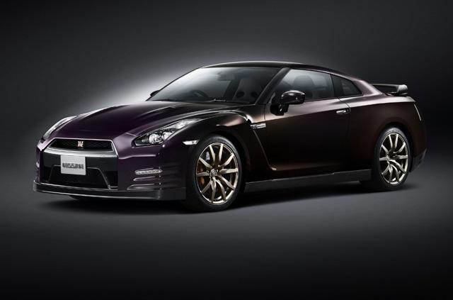 台灣搶得2台 NISSAN GT-R Midnight Opal特別版全球限量紀念車配額 ,要買要快!