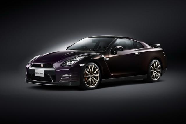 NISSAN GT-R Midnight Opal 特別版原配額 2台一週完售!現又追加 2台...