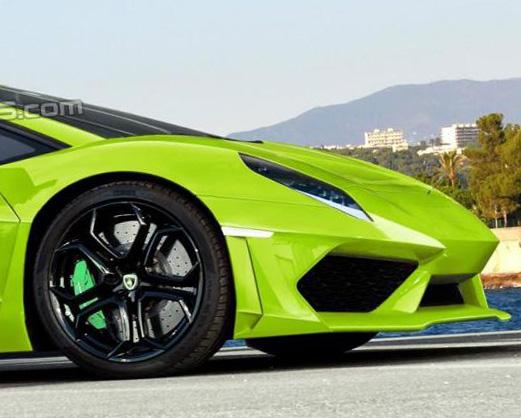 全新藍寶堅尼小牛 Lamborghini Cabrera估計2015年發表,先來兩張合成圖看看