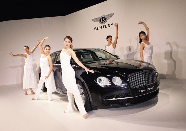 全新 BENTLEY New Flying Spur大型豪華房車1380萬元上市!全車每一處都可讓人聚焦!