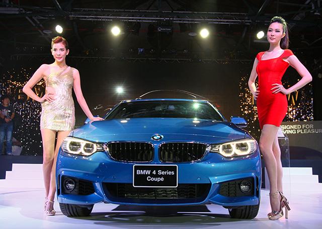 長腿伊林名模讓全新 BMW 4系列雙門跑車變小了!