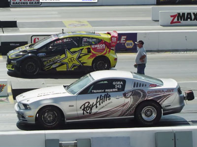 Ford Fiesta拉力賽車對決Ford Cobra零四加速賽車:異種對決之相煎何太急!