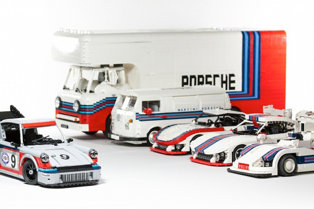 樂高積木(LEGO)打造的 1974 Porsche 911 Carrera RSR Turbo 2.1跑車