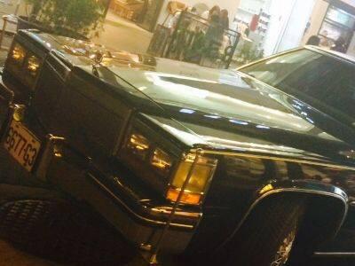 【熱門話題】超稀有 Cadillac凱迪拉克加長禮車現身台北東區