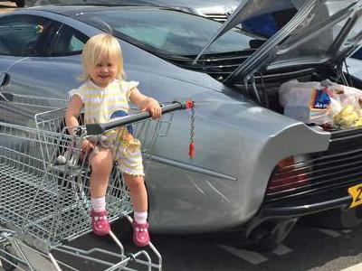 【熱門話題】Jaguar XJ220超跑是可以拿來當買菜車的!
