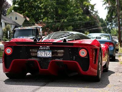 【熱門話題】 Ferrari P4/5出現在家門口!是在做夢嗎?