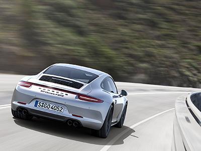 全新保時捷 911 Carrera GTS四款動態性能及馬力更強勁的 Carrera 車型