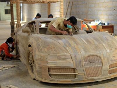 超精細的1比1木頭 Bugatti Veyron超跑複製模型!比實車的一顆輪胎還便宜!