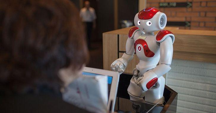 不好用,日本機器人飯店有一半以上的機器人「被離職」