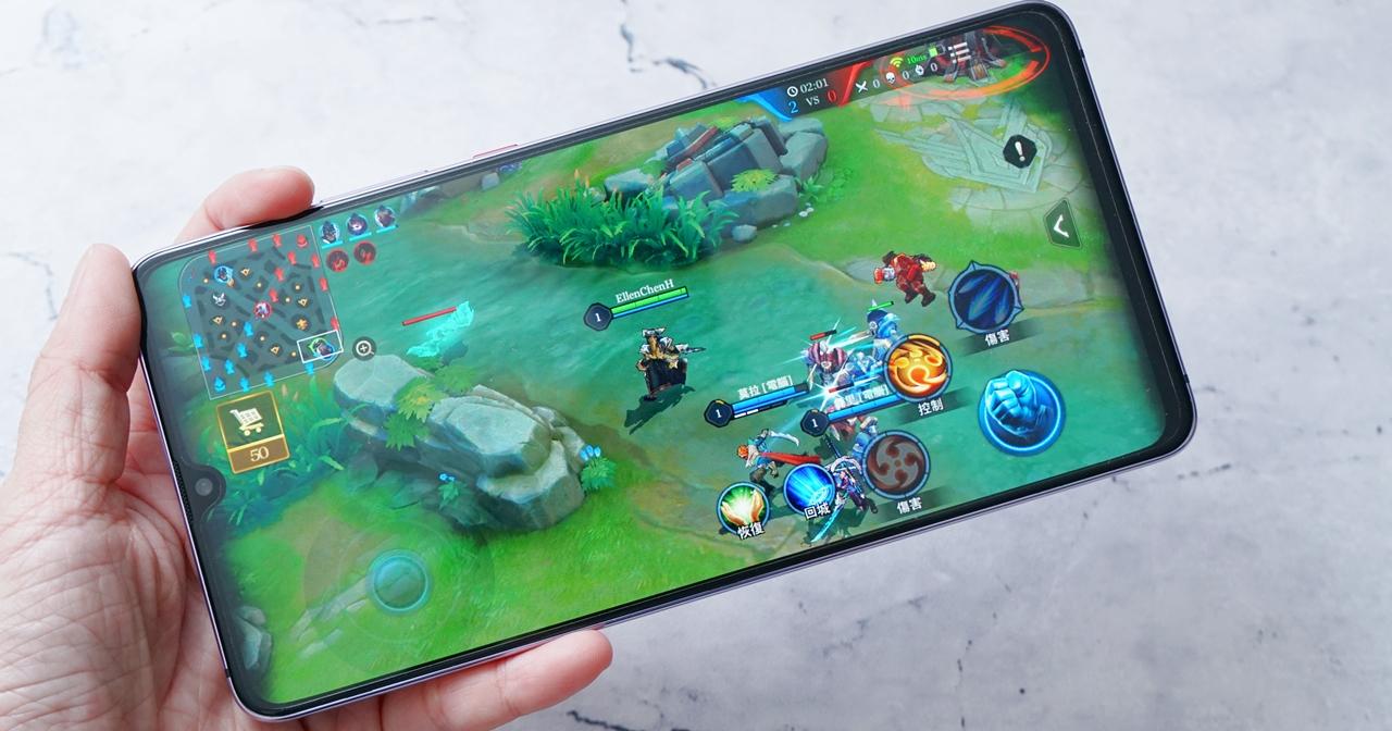爽度 UP!7.2 吋超大螢幕遊戲手機 HUAWEI Mate 20X 動手玩
