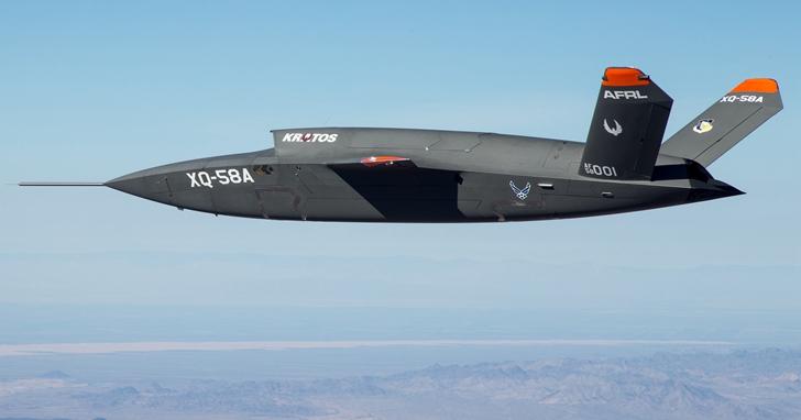 最大航程為3,941公里、時速每小時1,050公里,Kratos XQ-58A Valkyrie 無人戰鬥機進行首次飛行