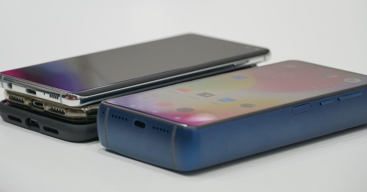 還記得這隻「厚度感人」18,000mAh 超大電量的勁量手機嗎?現在拿掉了勁量LOGO,正式宣布開始募資生產