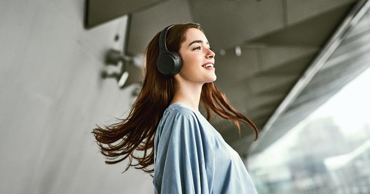 Sony 新款無線耳罩式耳機 WH-XB700 上市!帶來強勁重低音、30 小時長效續航
