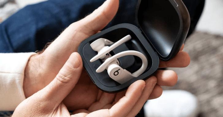 Beats Powerbeats Pro 對比 AirPods:都是蘋果 H1 晶片的耳機你選誰?
