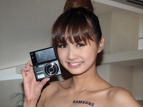 Samsung MV800 自拍相機,讓自拍不求人