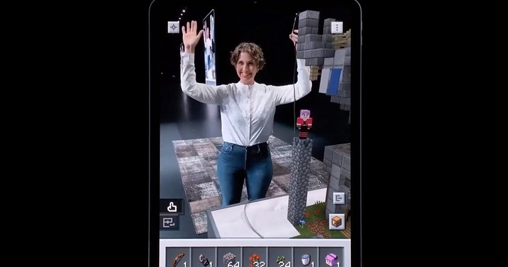 微軟《Minecraft Earth》於 WWDC 首度曝光實機遊玩畫面,比起其他 AR 手遊究竟有何厲害之處?