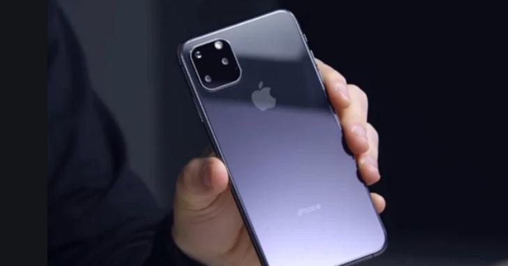 蘋果發佈會前,沃爾瑪員工開箱 iPhone 11手機保護殼