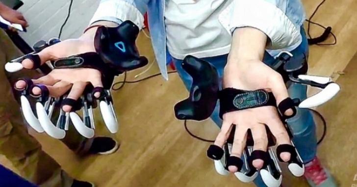 這間公司開發外骨骼「獸爪」,讓你體驗在VR世界裡親手觸摸到虛擬物體