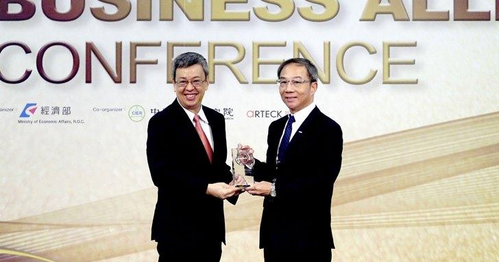 鏈結國際 ‧ 加值臺灣 Panasonic榮獲「十大傑出貢獻外商獎」