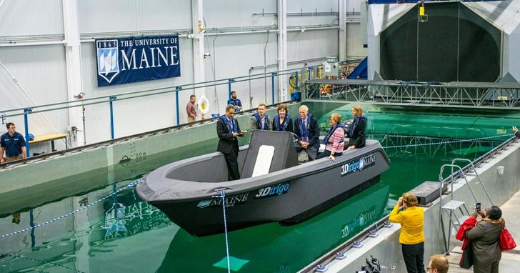 3D列印機大型化:美國花72小時列印出8公尺長的巡邏艇
