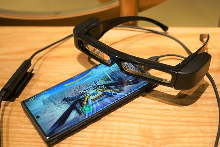 [心得] Epson MOVERIO BT-30C 次視代智慧眼鏡 你的隨身大螢幕
