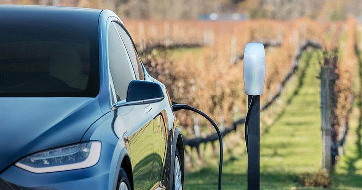 電動車充電規格大補帖,快充慢充差時間多少?特斯拉的充電樁只能給特斯拉嗎?