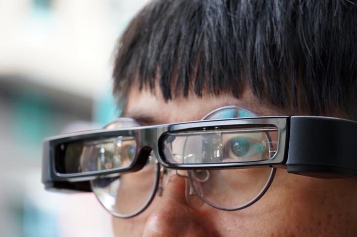 [心得] Epson MOVERIO BT-30C次視代智慧眼鏡 | 羞恥心點滿-坐捷運體驗