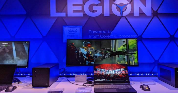 聯想 Legion Y740S 輕薄有型,外接  BoostStation 玩高效能遊戲