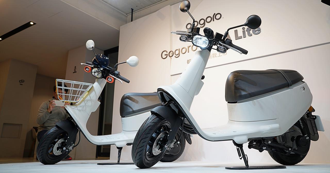 更便宜的Gogoro出現了:Gogoro VIVA Lite優格白登場,改用鑰匙便宜2,000元