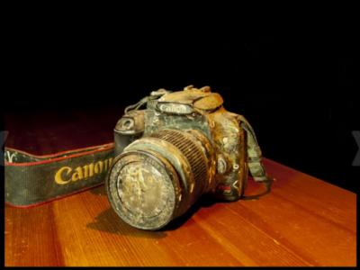來自太平洋海底的 Canon 1000D,沉睡一年,還能讀出照片