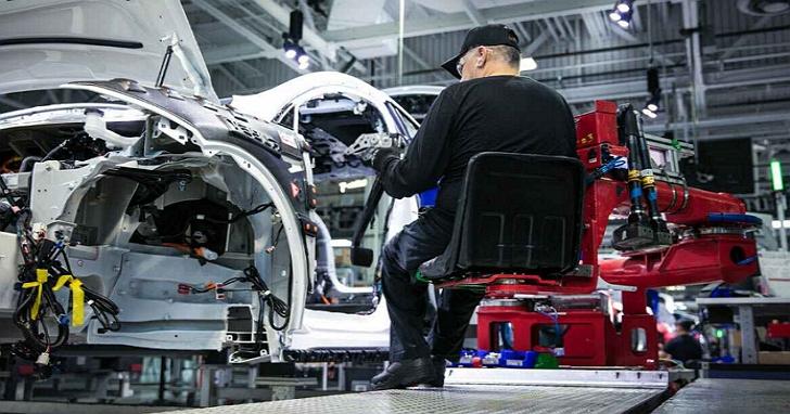 通用、福特、特斯拉等美國三大車廠宣布,將快速投入生產醫療呼吸機