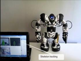 Windows 專用 Kinect 最新發展,用身體控制分身機器人